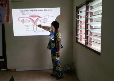 Présentation à Kpalimé sur le thème: La santé de reproduction, une clef de voûte pour la Jeunesse